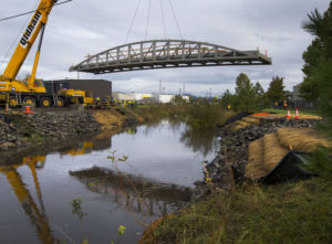 A New Bridge Above Amazon Creek Makes Travel for Cyclists, Pedestrians and Buses Easier